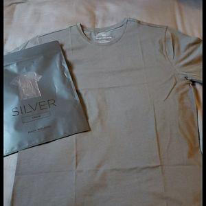 NWT Mens Mack Weldon Silver Tshirt